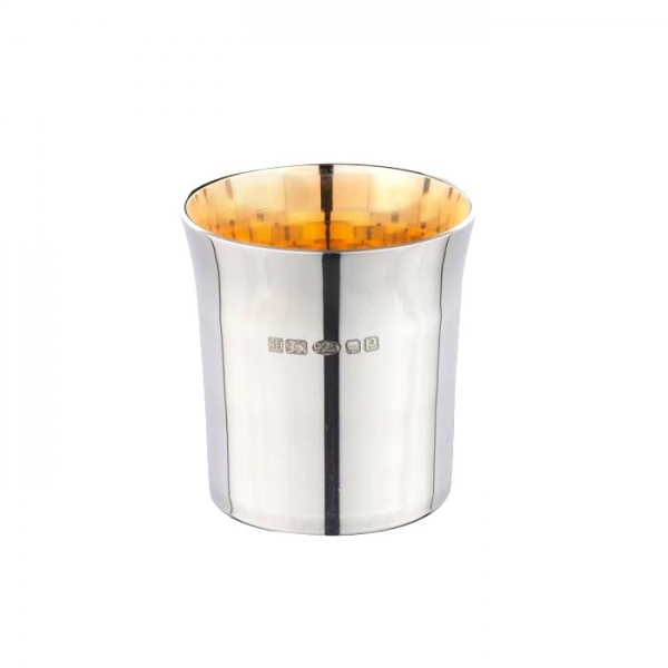 Silver wee dram whiskey cup