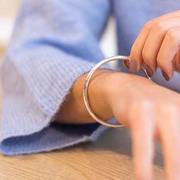 silver-bracelets-and-bangles